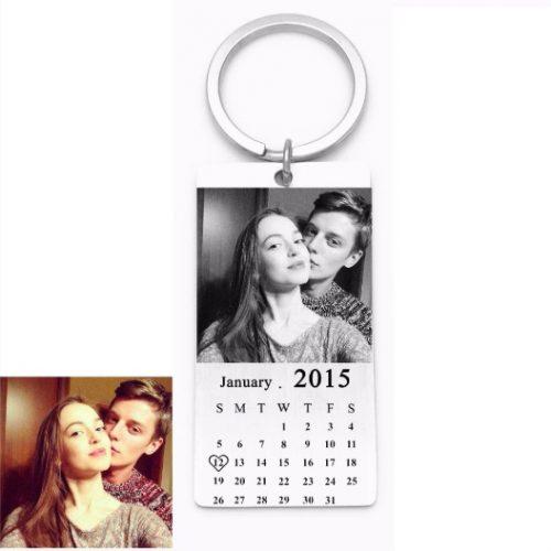 sleutelhanger gegraveerde tag met foto en kalender