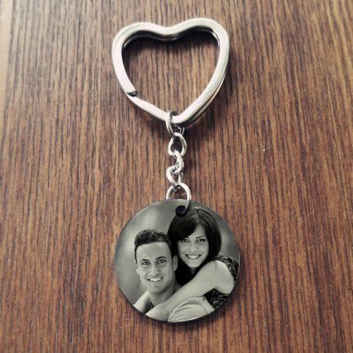 sleutelhanger hart met cirkel hanger foto gegraveerd