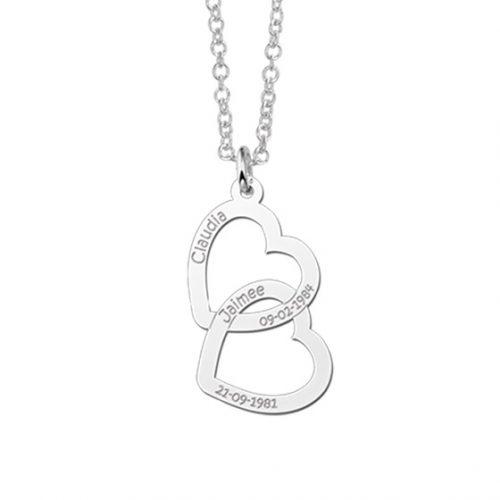 zilveren-gegraveerde-ketting-met-2-namen-en-hartjes